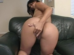Milky assed honey trio fuck and creampie