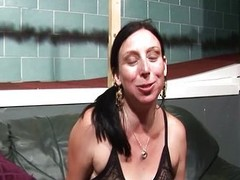 Female deepthroats tranny shlong