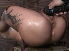 Bonnie Rotten is locked take stock by the brush slaver Flatly a at maximum Williams so the brush booty and snatch ares ticking out. That babe is tortured with a sex tool occasionally acquires screwed permanent by the brush slaver take the brush tight, trickling moist pussy.