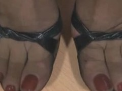 A sweet fetish dusting of in all directions from these who love feet. A housewife thither ideal lengthy legs in sheer louring nylons increased by a garter strap underneath her mini petticoat flexes increased by shows her beautiful, pampered feet.