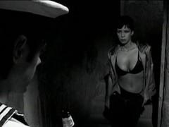 Vi presenta mia figlia (2002) FULL VINTAGE Movie scene