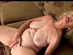 Pierced Nipps Granny Fingers