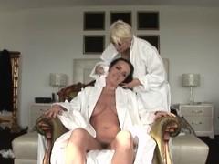 Of age Lesbo Seduces Her Ally - Cireman