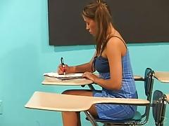 Lalin girl Dia Teachers Pet
