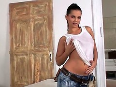 Eve Gal is a smokin' hawt construction worker who likes to play with their way cunt readily available work