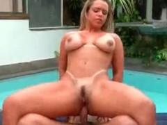 Anal hardcore sex with curvy Brazilian doxy