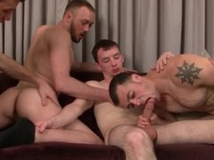 Homo foursome with licking and engulfing