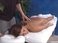 Hawt bore kitty Miley enjoys relaxing massage