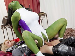 Celebrity Brookyln Lee dressed head to toe in latex trapped hers immensely loved super hero's and sucks and bonks him to completion!
